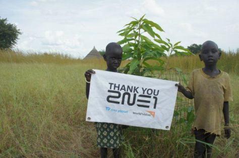 2NE1-donation-2-650x433